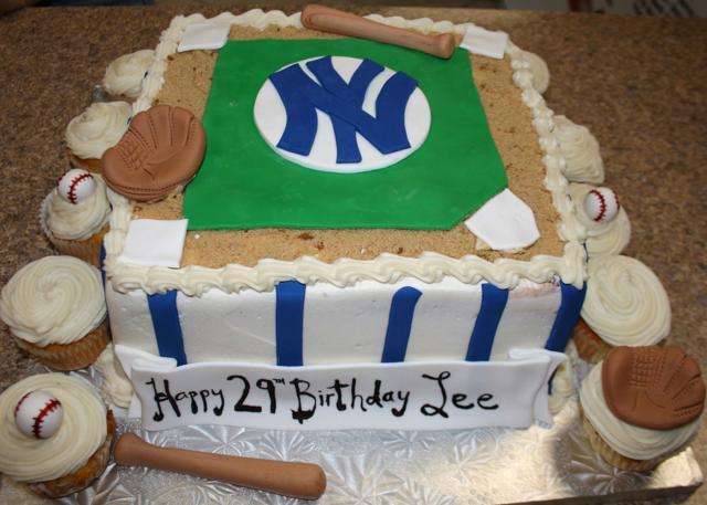 Baseball Cake & Cupcakes
