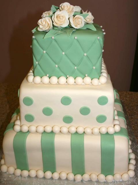 Sage & Ivory Roses Wedding Cake