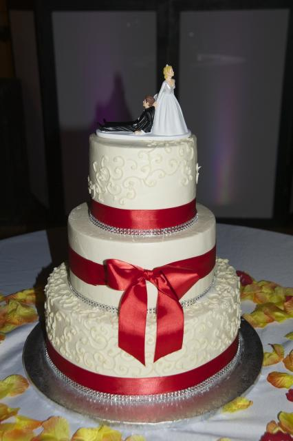 Smooth Buttercream with Red Ribbons